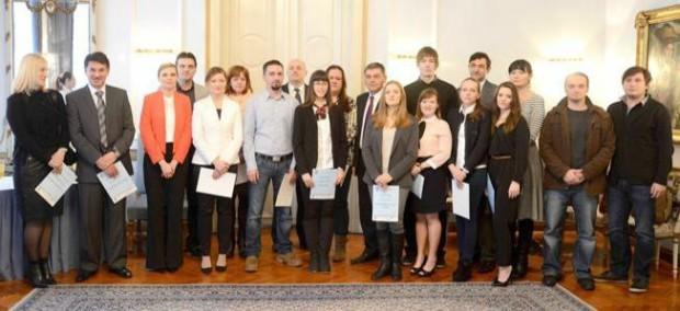 Osijek: 04.02.2014 Župan V. Šišljagić uručio je nagrade za najbolju poduzetničku ideju Snimio: Josip Šeri