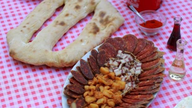 Okusi-i-mirisi-slavonsko-srijemske-gastronomije-2-LEKT_1-e1417043957268